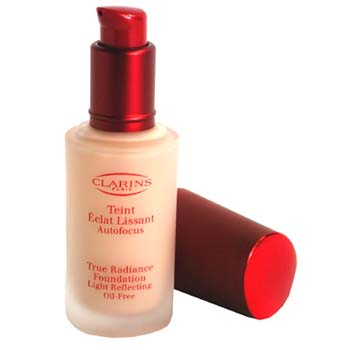 Maquiagens, Clarins, Clarins True Radiance Foundation Light Reflecting Oil Free - #08 Sunlit Beige/ Sable Beige 30ml/1.06oz
