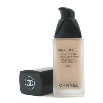 Chanel Pro Lumiere Makeup / Maquillaje SPF 15 - No. 20 Clair