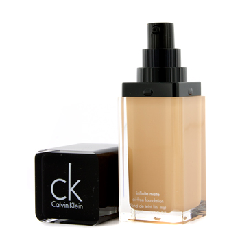 Calvin Klein Infinite Matte Base Maquillaje Libre Aceites - # 203 Toasted